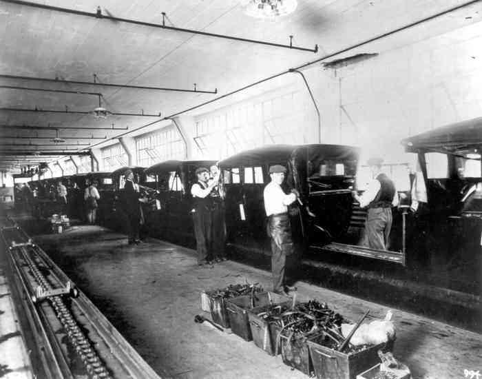 Línea de ensamble del Modelo T de Ford