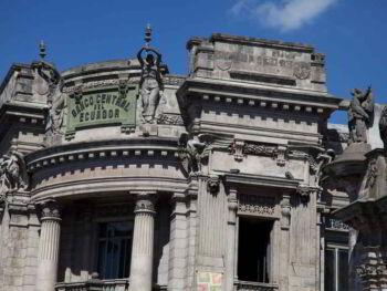 Objetivos del Banco Central del Ecuador y modelo de dolarización