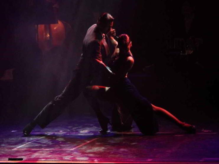 La crisis Argentina del 2001 y el efecto tango