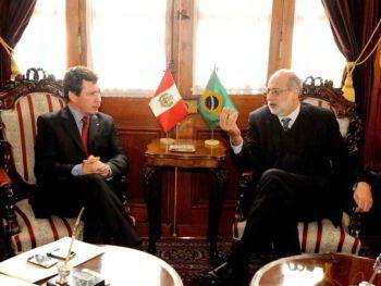 Negociaciones entre la CAN y el Mercosur en los noventa