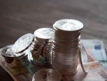 Presupuesto para desembolsos capitalizables y flujos de efectivo