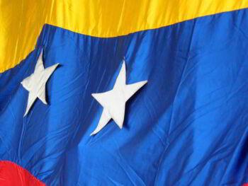 Teoría de política fiscal y su aplicación en Venezuela