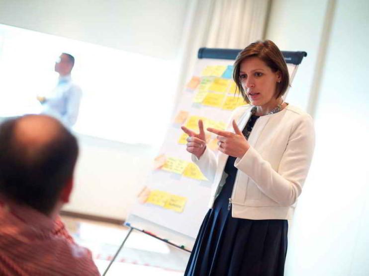 Programa intraemprendedor para impulsar la innovación empresarial en Colombia