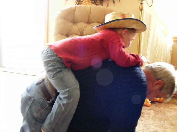 Respeta y quiere a los abuelos y adultos mayores
