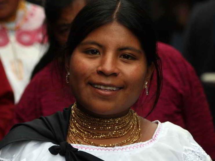 Política económica de Ecuador 2003