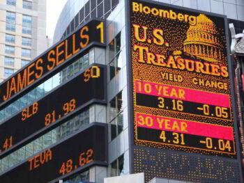 Interpretación de datos financieros y razones financieras