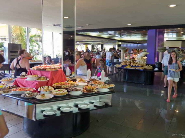 Satisfacción del cliente y productividad en servicios turísticos