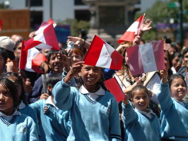 Política económica en el Perú en los años noventa