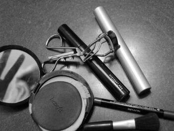A maquiagem das demonstrações contábeis com a contabilidade criativa