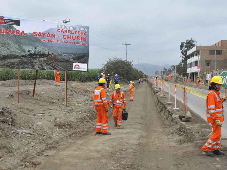 Análisis macroeconómico del presupuesto público 2003 del Perú