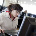 Educación a distancia para el desarrollo individual
