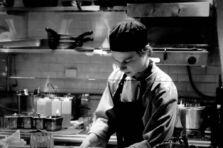 Gestión por competencias para la evaluación del desempeño en servicios de gastronomía