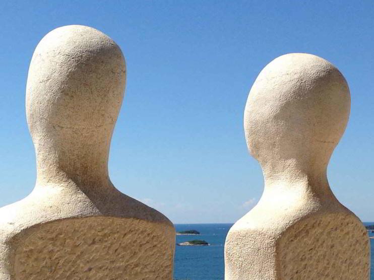 Ontología del lenguaje y pensamiento innovador
