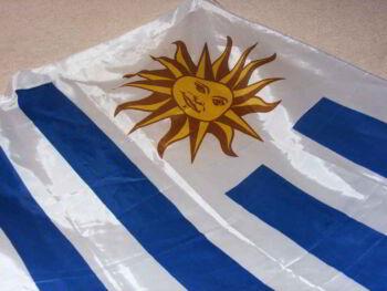 Del estado paternalista al estado orientador en Uruguay