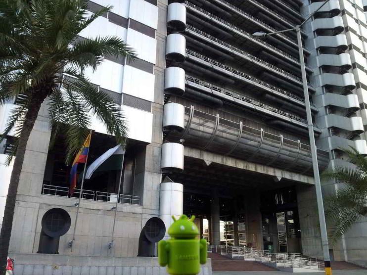 Despido disciplinario y extinción del contrato por incumplimiento del empresario en Colombia