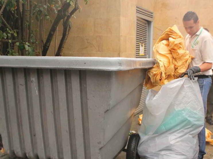 Programa de gestión sostenible de residuos sólidos domiciliarios y comerciales. Caso santo Domingo Norte