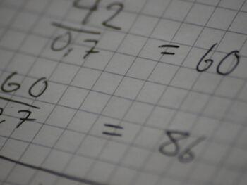Cálculo de la probabilidad de flujo de caja neto negativo