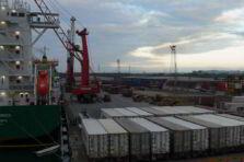 Cómo los sistemas de información mejoran el comercio internacional