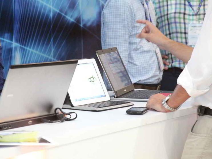 Tecnologías de la información productividad y e-finance