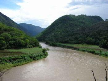 Riesgos de desastre y zonificación en las cuencas de río Naranjo y Suchiate Guatemala