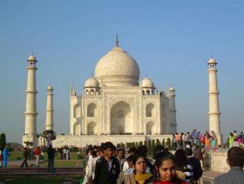 Historia de India. De colonia a tercera potencia mundial