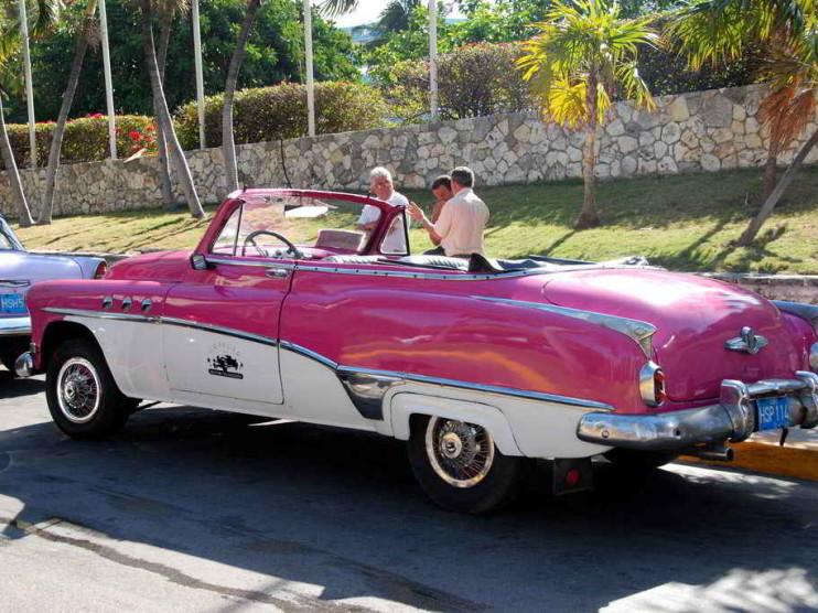 Marketing en las empresas de renta de autos en Cuba
