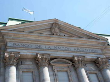 Information asymmetries, credit rationing and banking concentration in Argentina