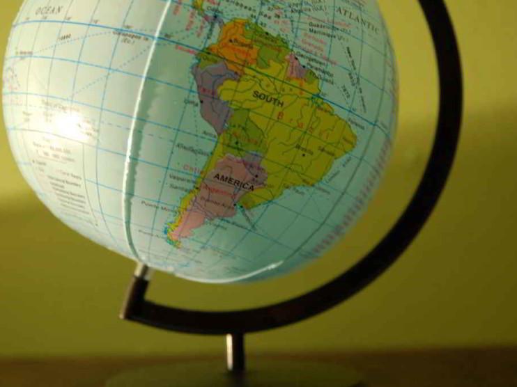 Crisis mundial y su amenaza en latinoamérica 2008