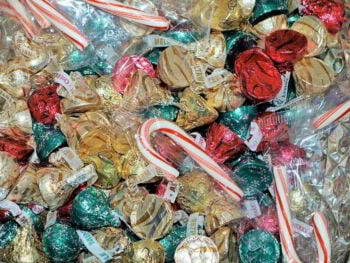 Cálculo y registro del costo estándar en una productora de dulces