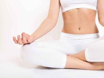 Cómo manejar las emociones con Kundalini Yoga