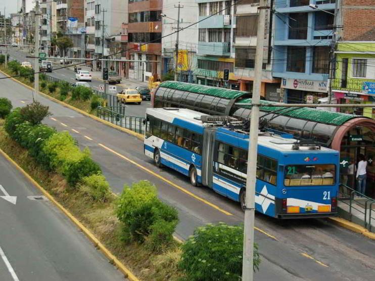 Servicio de transporte en Quito capital del Ecuador