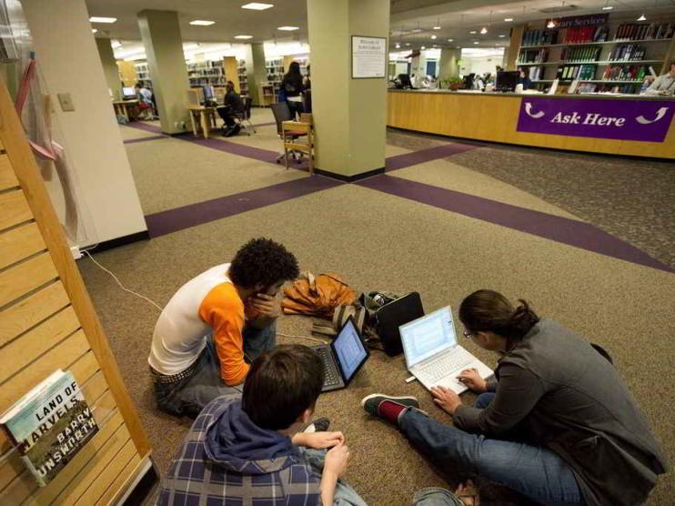 Procesos de capacitación Universitarios para la sociedad del conocimiento