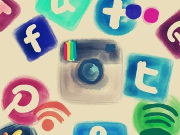 Cómo las redes sociales y marketing online impulsan el mercado de la inteligencia competitiva activa