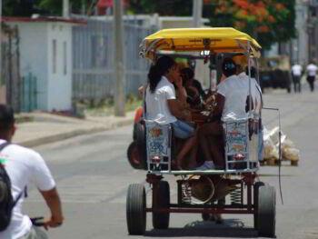 Proyección de la población económicamente activa de Cienfuegos, Cuba  (2002-2030)
