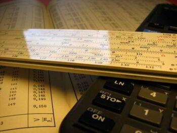 Análisis por razones de los estados financieros de una empresa. Comercial Caracol Las Tunas, Cuba