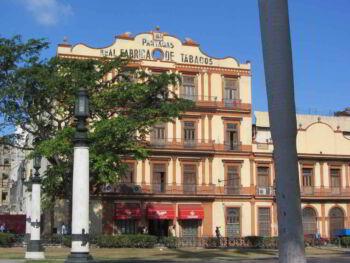 Gestión Empresarial vs Información de Propiedad Industrial en Cuba