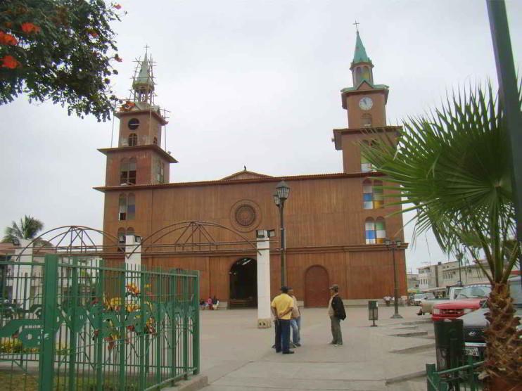 """Plan de marketing turístico para la comuna """"La Entrada"""", Santa Elena, Ecuador"""