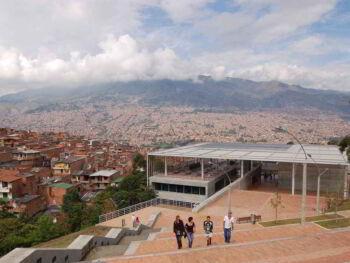 Análisis socieconómico de la comuna 16 Belén en Medellín