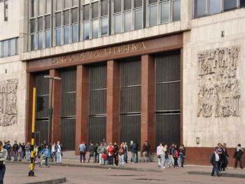Política fiscal latinoamericana