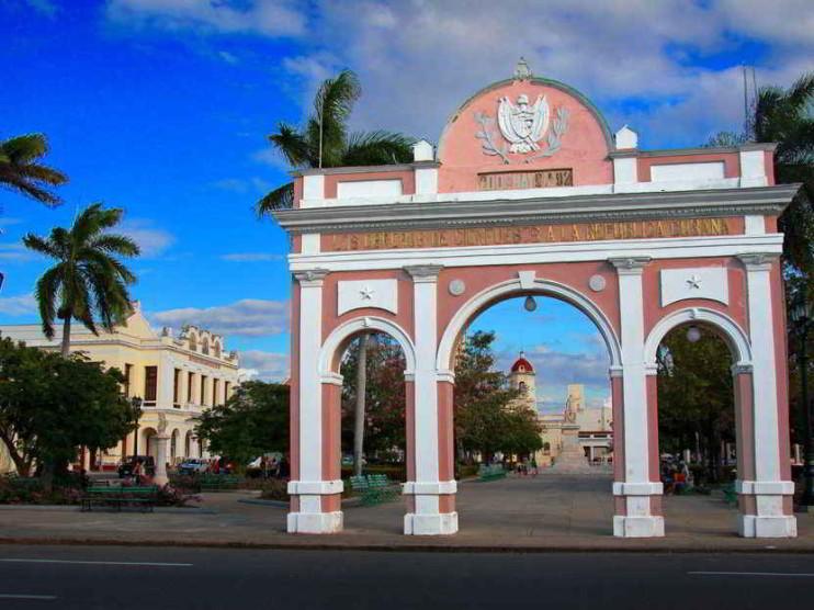 Propuesta de política de desarrollo turístico para ciudades patrimoniales en Cuba