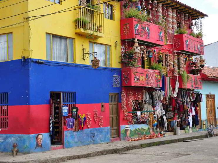 Reflexiones sobre microfinanzas, responsabilidad social e informalidad en Colombia