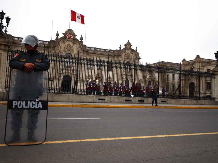 Sistema de control para la mejora continua de la policía del Perú