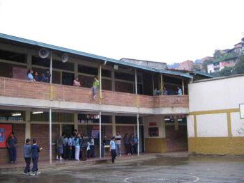 Cinco ideas para mejorar las escuelas en Colombia