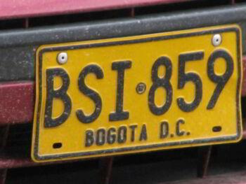 Derechos de Propiedad y restricciones vehiculares en Bogotá, Colombia