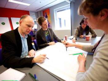 Estrategias para el crecimiento empresarial y análisis del personal de la empresa
