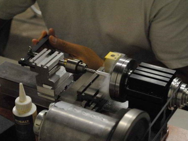 Organización del trabajo en una empresa de producciones metálicas