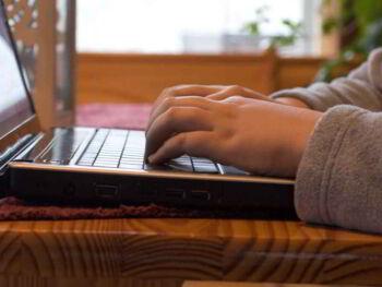 Marketing con artículos para promover productos y servicios en Internet