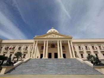 Gestión eficiente del estado en Republica Dominicana 2013