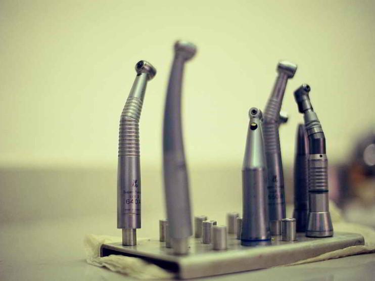 Medición y mejora del nivel de servicio al usuario en el sector salud. Caso de un servicio de ortodoncia en México