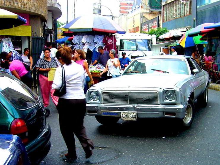 Ley sobre el uso de espacios públicos en Venezuela